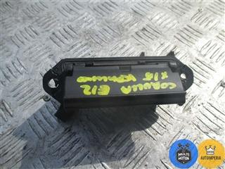 Ручка крышки багажника - фото