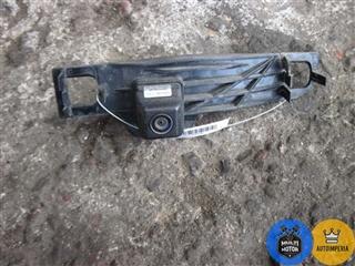 Камера заднего вида - фото