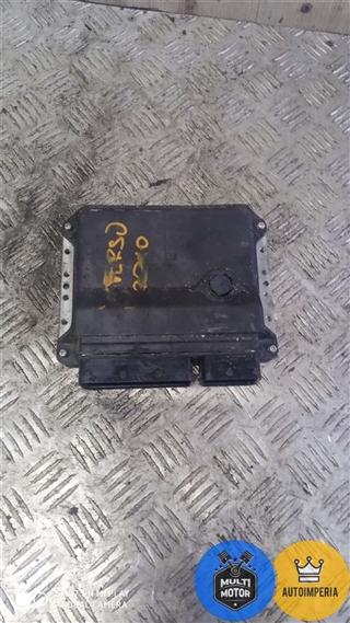 Блок управления двигателем - фото